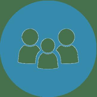 Blaues Piktogramm von Vater, Mutter, Kind. Coach e.V. Symbol für Elternarbeit.