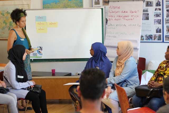 Elternabend zum Umgang mit Rassismus- und Diskriminierungserfahrungen im Alltag