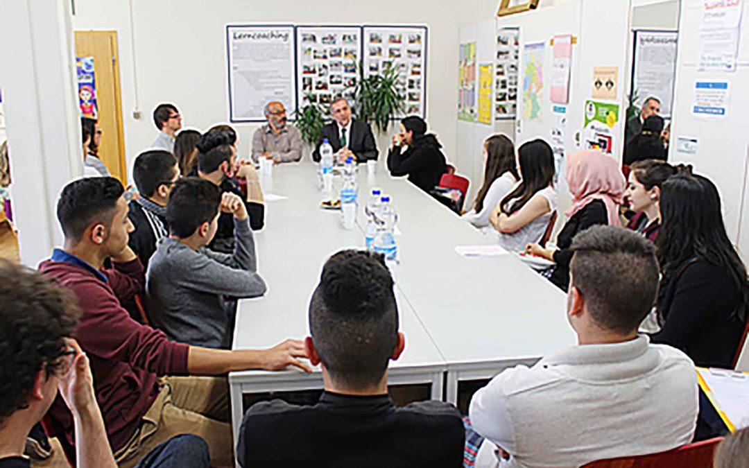 »Wir reden mit!« – Politische Mitbestimmung für Jugendliche